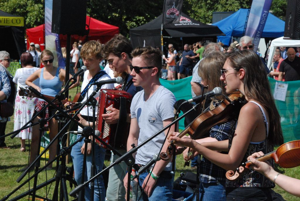 The Argyll Ceilidh Trail Band played a set of traditional tunes for the crowd.