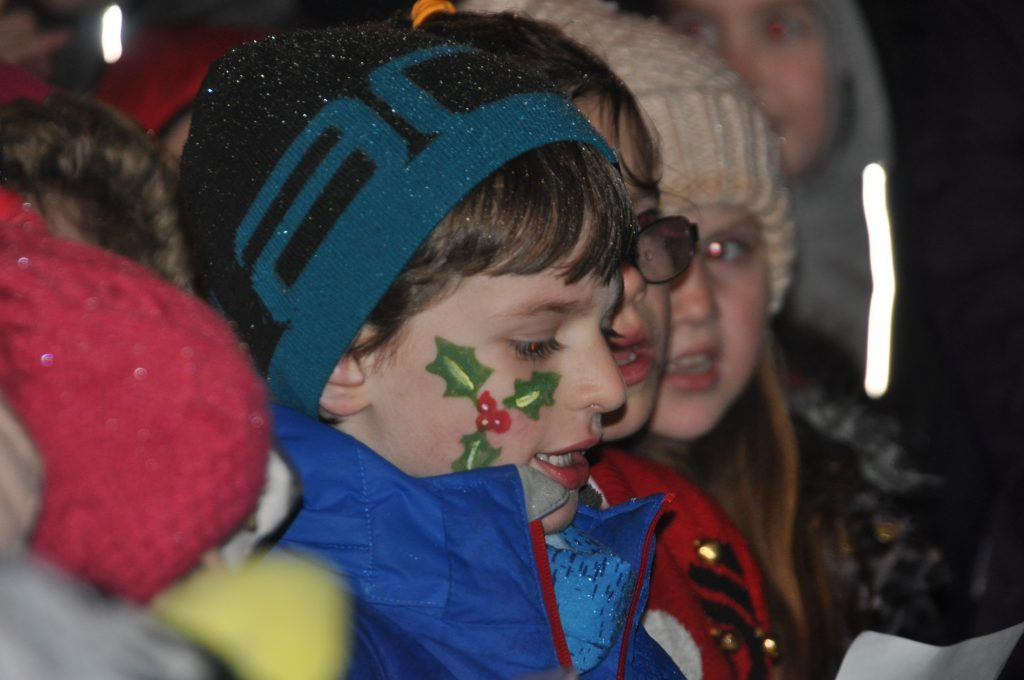 Members of Tarbert Youth Choir got into the Christmas spirit by singing a few carols at the lights switch-on.