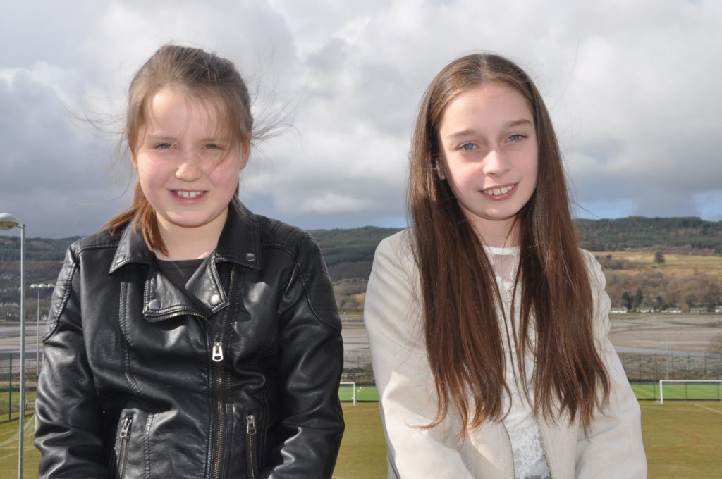 Siri Dawton and Beth Johnstone from Tarbert who competed in the instrumental duet.
