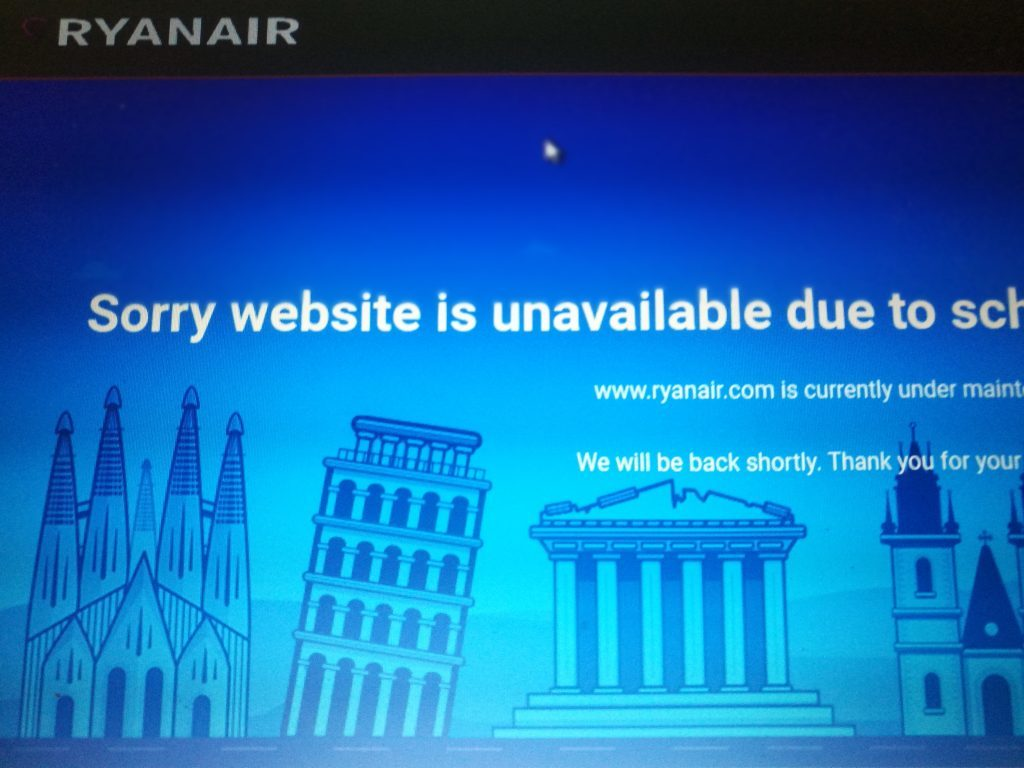 Ryanair publishes cancelled flights online – then website goes offline