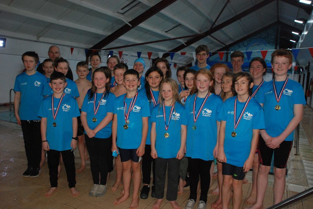 Mid Argyll dolphins triumph in Dunoon