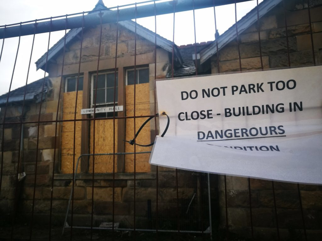 'Unsafe' Inveraray hall faced with demolition