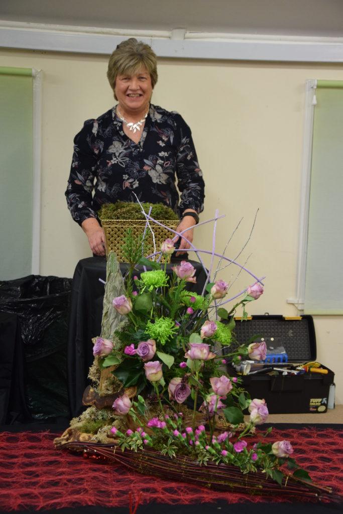 Mid Argyll Flower Club hosts Christmas special