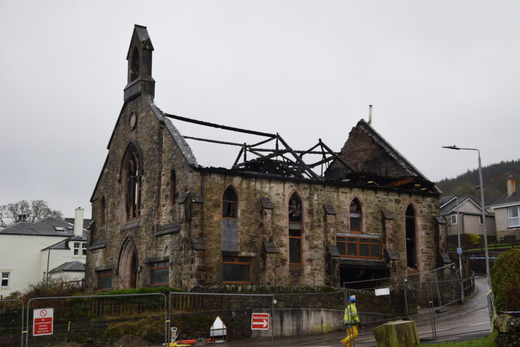Ardrishaig roads closed amid fire-ravaged building safety fears