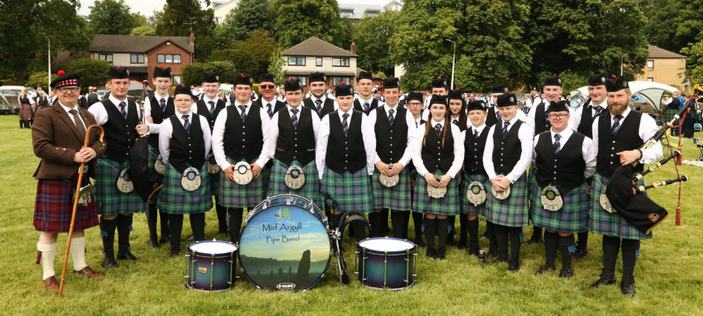 Helensburgh trophy haul for Mid Argyll Pipe Band