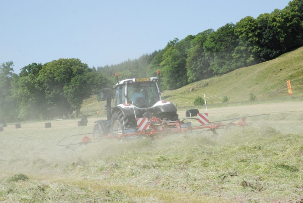 Grassland demo in the Kilmartin sunshine