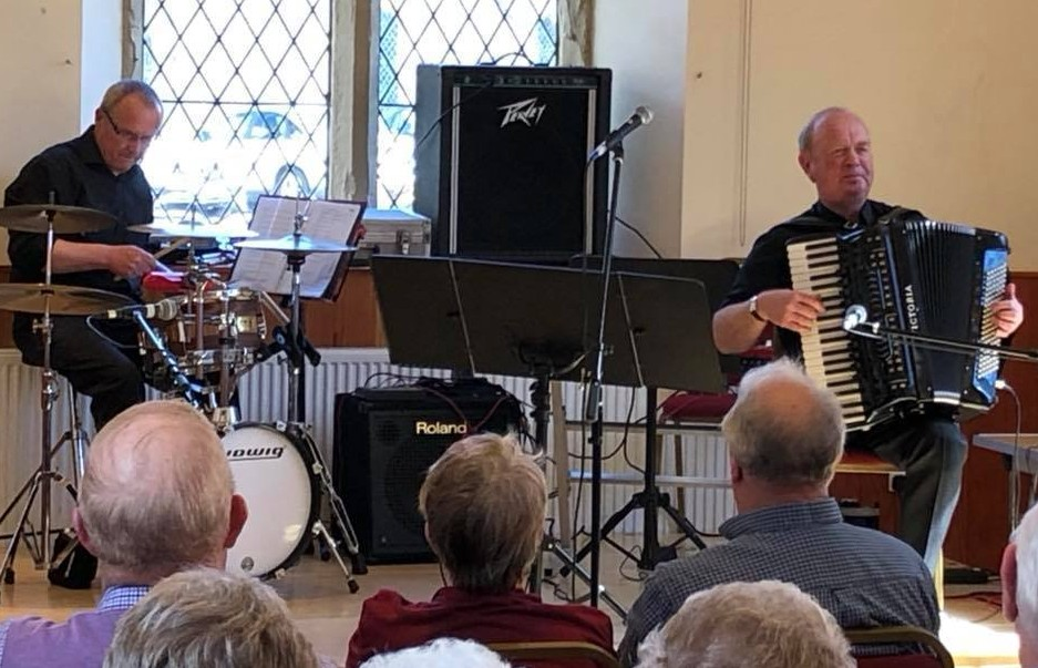 Accordion and fiddle club back in tune